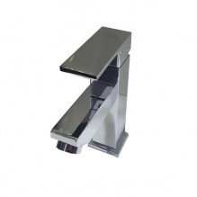Едноръкохватков смесител за умивалник 16 см