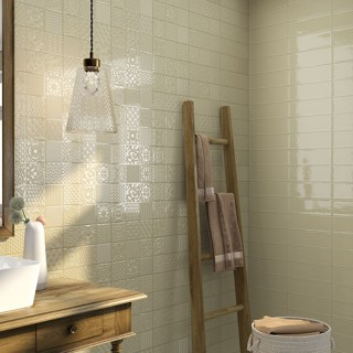 Esencia - серия плочки за баня